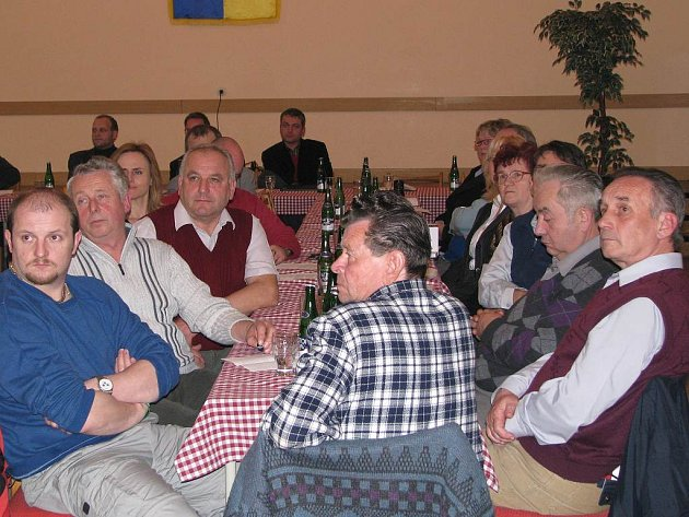 Starostové z Jindřichohradecka bojují proti záměru úložistě jaderného odpadu.