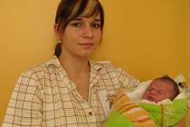 Karolína Klímová ze Suchdola nad Lužnicí se narodila 13. ledna 2012 Zlatuši Burgstockové a Petrovi Klímovi. Měřila 51 centimetrů a vážila 3 930 gramů.