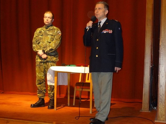 S přednáškou na téma Operace Anthropoid vystoupil uznávaný vojenský historik PhDr. Eduard Stehlík PhD, ředitel odboru Ministerstva obrany.