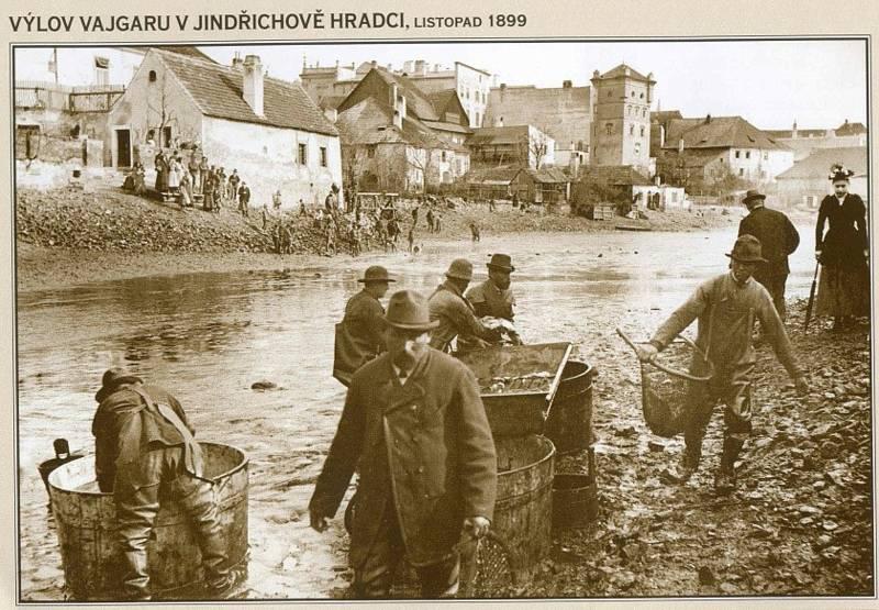 Z historického dění ve městě J. Hradec.