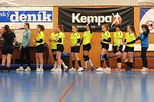 Mladší dorostenky Házené J. Hradec vyhrály na palubovce Vršovic o jediný gól.
