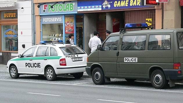 vloupání v Klášterské ulici v J. Hradci