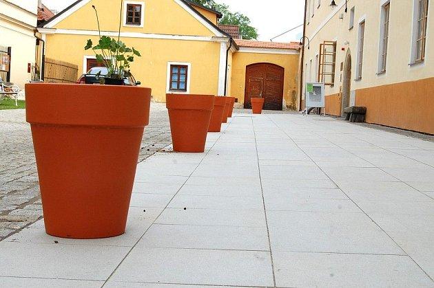 Rekonstrukce dvorů minoritského kláštera