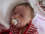 Emílie Klhůfková se narodila 6. března Lucii a Martinu Klhůfkovým z Dolní Radouně. Měřila 50 centimetrů a vážila 3460 gramů.