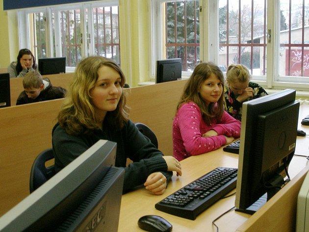 Do projektu nazvaného Dřevo se na 5. Základní škole zapojili žáci čtvrtých až devátých ročníků.