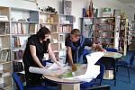 V jindřichohradecké knihovně se již scházejí dětské práce v soutěži na téma Jak bude vypadat knihovna za 125 let.