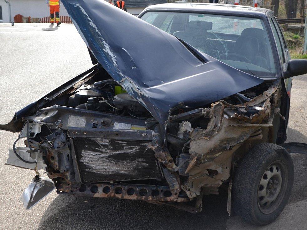 Nedělní střet Škody Felicia s rychlíkem v Kardašově Řečici se naštěstí obešel bez zranění. Řidič ale bude hodně vysvětlovat, test ukázal na alkohol za volantem.