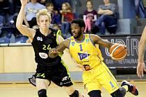 Hradečtí basketbalisté prohráli s Brnem 66:90.