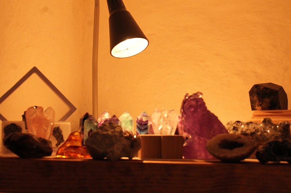 Výstava jedinečných minerálů z celého světa se chystá v třeboňském zámeckém parku.