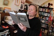 Sabina Langerová z Jindřichova Hradce je autorkou historické kuchařky zvané Žahúři v Jindřichově Hradci.