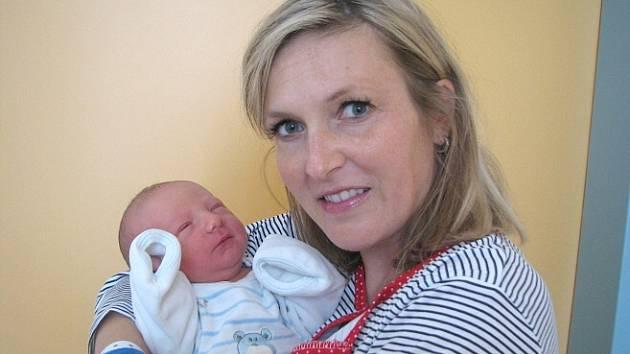 Václav Zámečník z Jindřichova Hradce se narodil 4. prosince 2013 Marii Hronzové a Václavu Zámečníkovi. Vážil 3480 gramů a měřil 51 centimetrů.