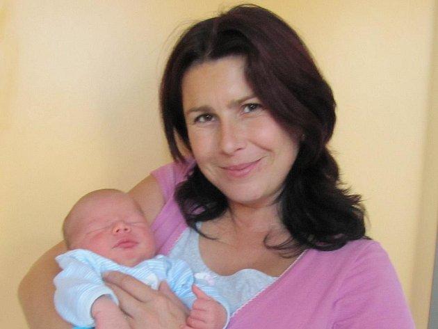 Vlastislav Konárek z Dvorů nad Lužnicí se narodil 29. října 2011 Ivě a Stanislavovi Konárkovým. Měřil 50 centimetrů a vážil 3 550 gramů.