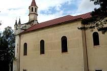 Kostel Montserrat nedaleko Cizkrajova  je stále vyhledávaným poutním místem, a to zejména rakouskými věřícími. Místním lidem by jej měla více představit slavnost příští týden.