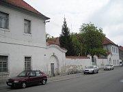 Slavnostní otevření zrekonstruovaných kasáren v Třeboni, kde bude sídlit městský úřad.