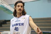 Jiří Hubálek má jindřichohradecké Basket Fio bance pomoci k postupu do nejvyšší soutěže.