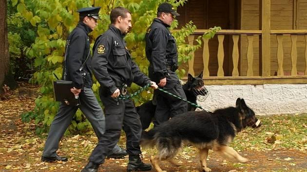 Policisté na Jindřichohradecku začali s kontrolami chatových oblastí.