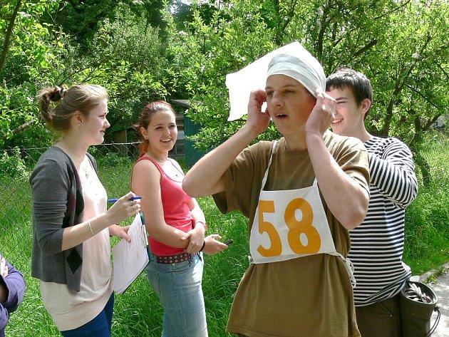 Soutěž hlídek mladých zdravotníků v J. Hradci.