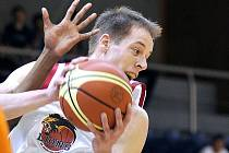 Basketbalisté Lions J. Hradec ve třetím semifinále I. lgy iv neděli doma hostí Ústí nad Labem. Jihočeši budou spoléhat i na výkon a zkušenosti