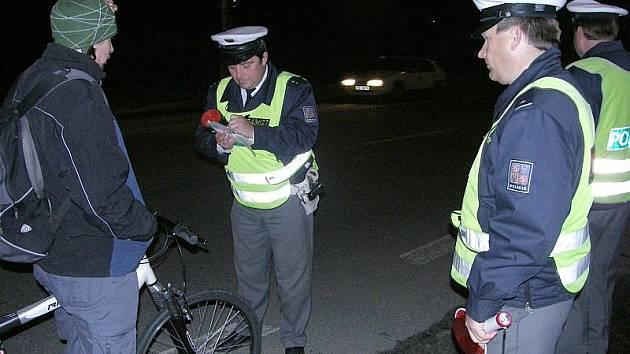 Policisté v J. Hradci se občas v časných ranních hodinách zaměřují kontroly na cyklisty.