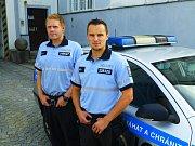 Vyjednavač nadpraporčík Petr Maryška a praporčíci Antonín Grunt a Radim Koutný zachránili život muži, jenž chtěl skočit pod vlak.
