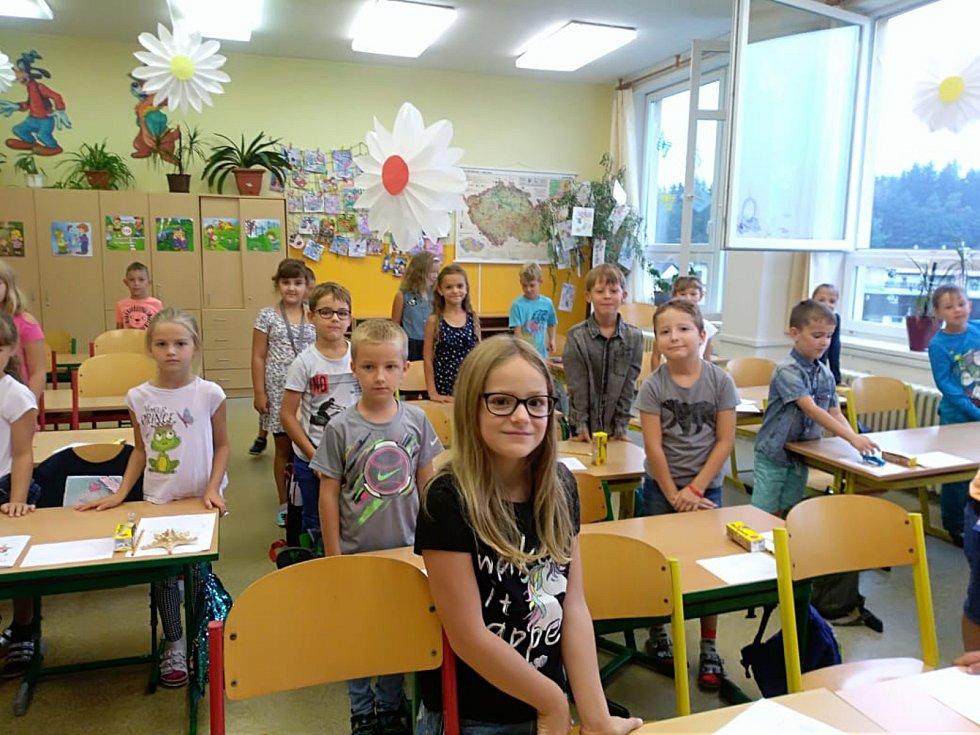 První školní den na 5. ZŠ v Jindřichově Hradci.