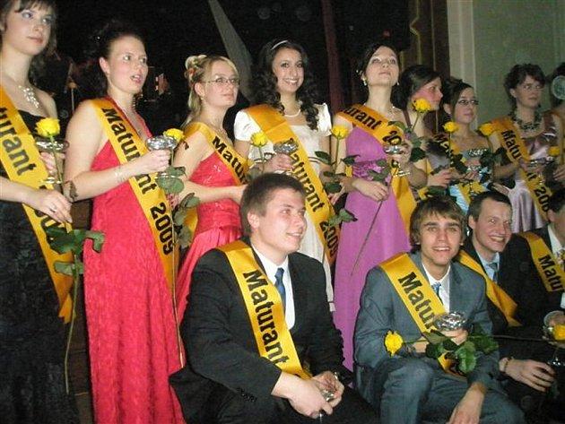 Maturitní ples octavy dačického gymnázia.