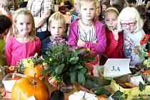 Podzimní výstava ovoce a zeleniny ve 3. základní škole v Jindřichově Hradci.