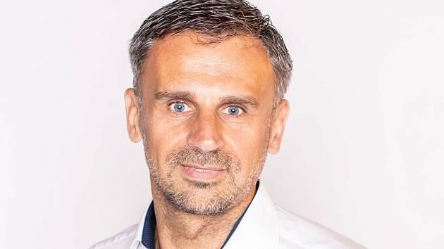 V Nově Bystřici na Jindřichohradecku je starostou Jiří Zimola (Změna 2020).