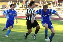 Vzájemný duel fotbalistů Jindřichova Hradce a Dačic skončil na podzim vítězstvím Slovanu 2:1.