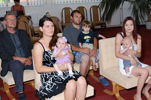 V Nové Včelnici přivítali nově narozené děti.