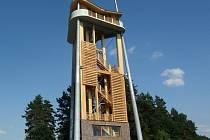 Rozhledna v Děbolíně leží 6 km od Jindřichova Hradce.
