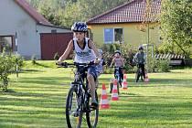 Cyklistické hrádky byly na programu sobotního odpoledne v Jarošově nad Nežárkou. Na akci se i malovalo a opékalo.