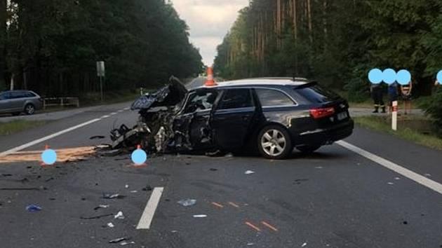 Střet osobního auta a dodávky mezi Stráží nad Nežárkou a Mlákou.
