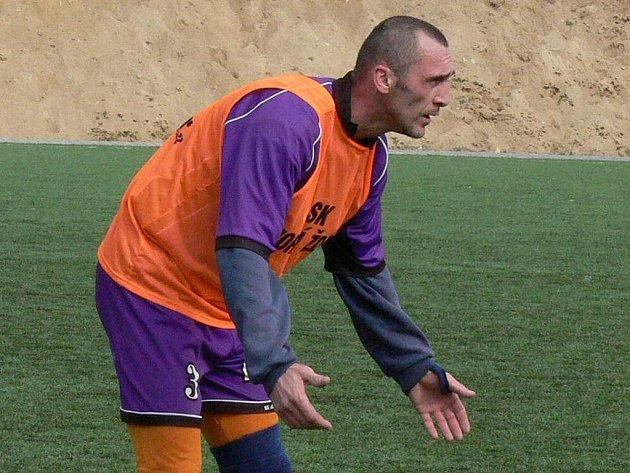 Stoper Martin Hochmuth patří mezi základní stavební kameny fotbalistů SK Horní Žďár. Také on se výraznou měrou zasloužil o  vítězství svého týmu na turnaji Windoor Cup.
