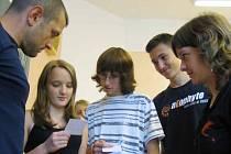 Účastníci jazykového kurzu na gymnáziu v Jindřichově Hradci.