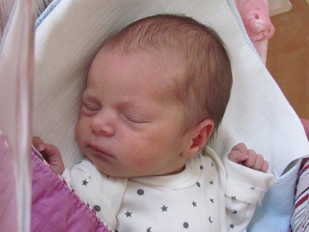 Adriana Musilová se narodila 2. října Markétě a Petru Musilovým z Nové Bystřice. Vážila 2540 gramů a měřila 48 centimetrů.