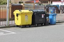 Kontejnery na tříděný odpad. Ilustrační snímek.