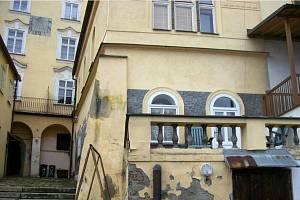 Zadní terasa domu 174/I.