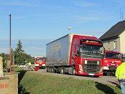V Otíně došlo k nehodě nákladních aut.