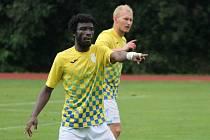 Ghanský stoper Michael Amaglo byl smutným hrdinou utkání, v němž jeho tým prohrál v Berouně 1:2.