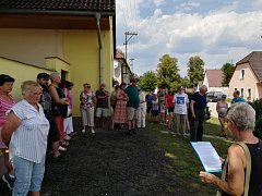 Jarošovská knihovna uspořádala tradiční pouťovou procházku.