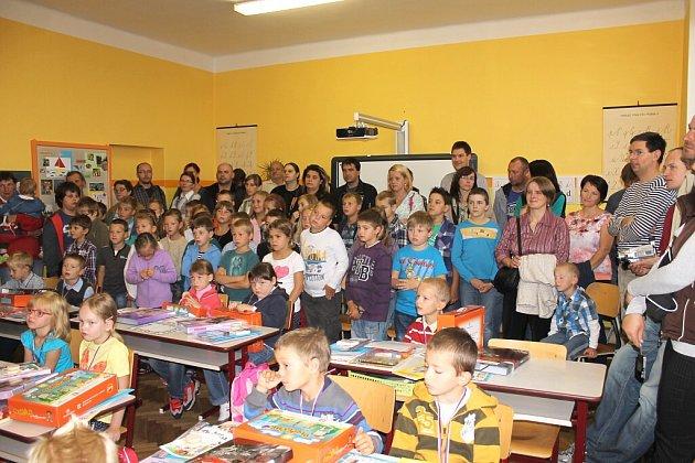 První den školy v Jarošově nad Nežárkou.
