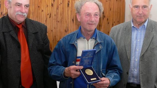 Pamětní medaile ČSTV