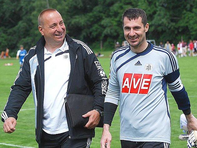 Trenér brankářů Dynama ČB Petr Skála a jeho svěřence Pavel Kučera by 5. července v Nové Včelnici chybět neměli.
