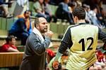 Hrající trenér třeboňských házenkářů Jaroslav Dušek si ohledně vyhlídek na případný postup svého celku do I. ligy nestaví žádné vzdušné zámky.