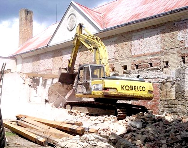 Revitalizace Spolkového domu začala.