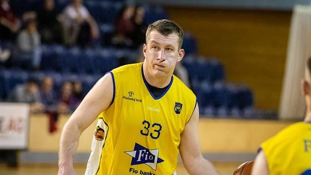 Jindřichohradečtí basketbalisté vstoupili do play off I. ligy vysokým vítězstvím nad Plzní.