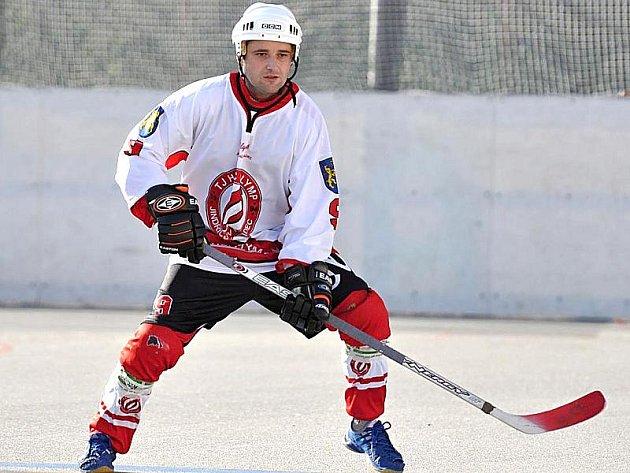 Útočník Libor Slanina je nejlepším střelcem hokejbalistů Olympu.