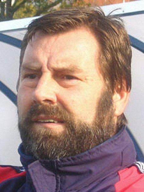 trenér J. Hradce Karel Špaček