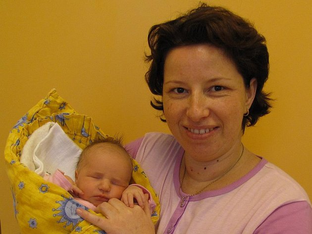 Monika Radostová z Jindřichova Hradce se narodil 20. prosince 2011 Ivě a Svatoslavu Radostovým. Měřila 51 centimetrů a vážila 3 300 gramů.